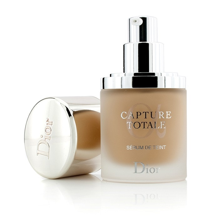 christian dior capture totale triple correcting serum foundation spf25 020 light beige fresh. Black Bedroom Furniture Sets. Home Design Ideas